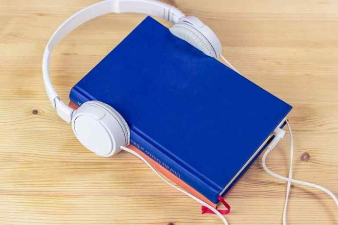 Top 10 Best Audiobook Apps in 2020 for Android and iOS (Free & Paid)