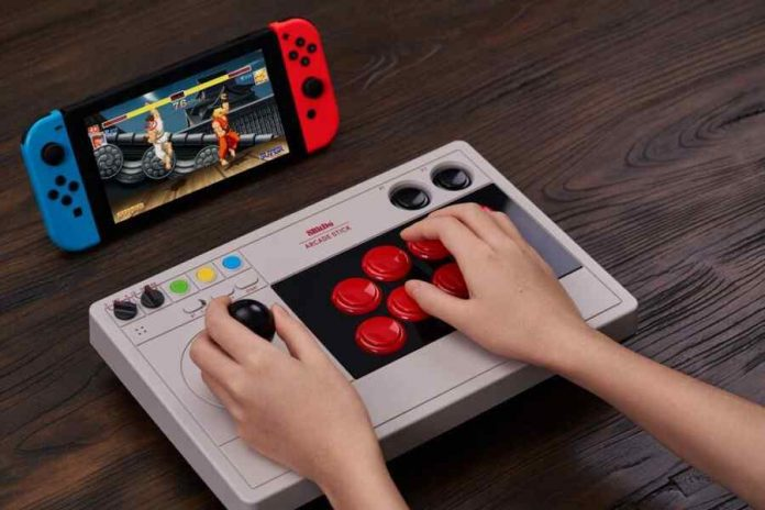 8BitDo developed a wireless gamepad for Nintendo Switch and PC