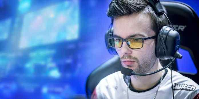 Top 5 Best Gaming Glasses for gamer