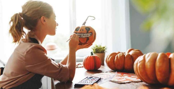 6 Craft Activities and Decoration Ideas to do for Halloween