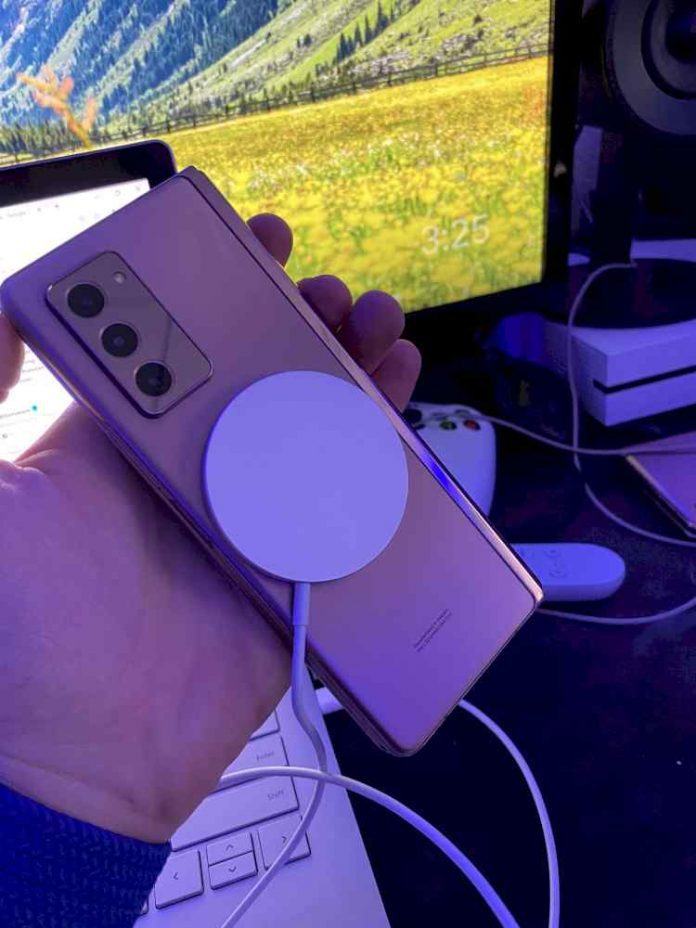MagSafe charger works on Samsung and Google phones