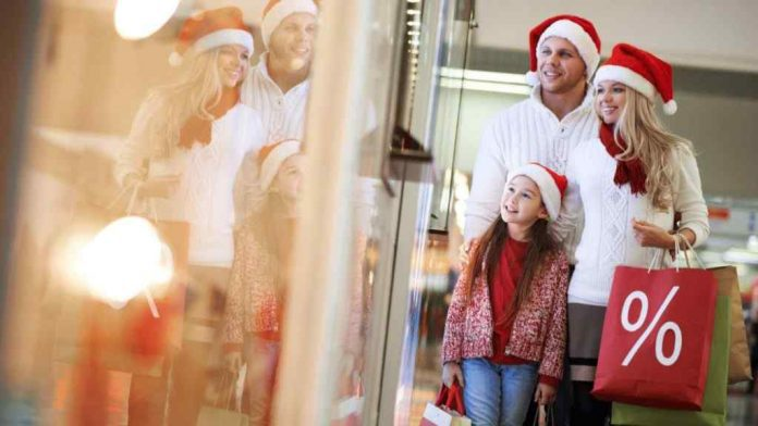 Tips and Tricks for Buying Christmas Gifts at Low Prices
