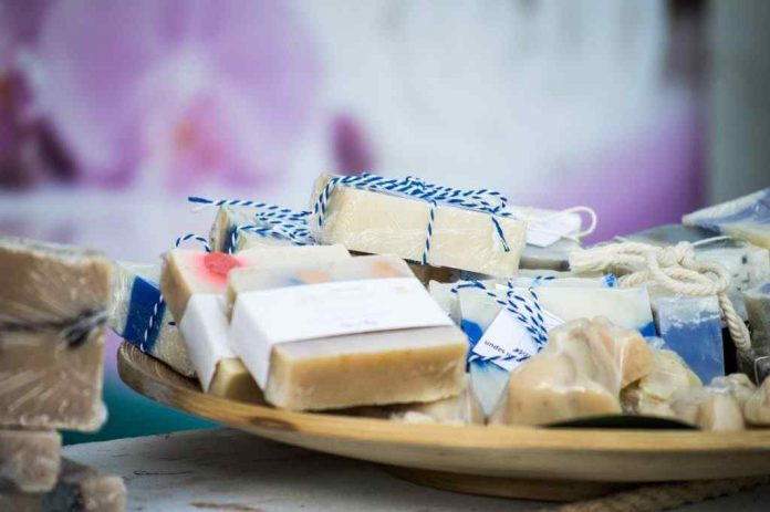 What is a Solid Shampoo, its Advantages and Benefits