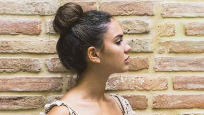 4 Simple Methods to make a Beautiful Bun Hairstyle