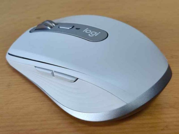 Logitech MX Anywhere 3 USB Type-C Rechargeable Mouse
