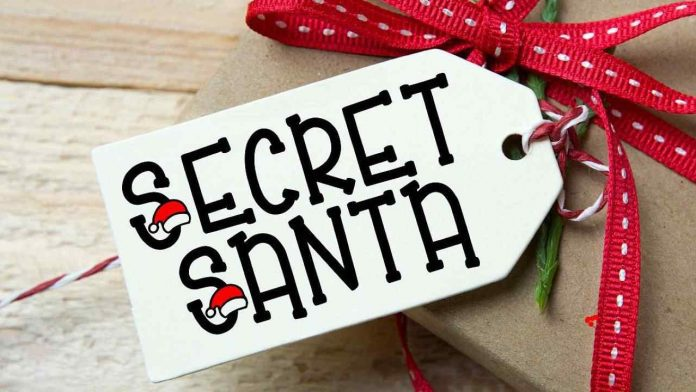 Cheap Christmas Gift Ideas to Give to Your Colleague on Secret Santa