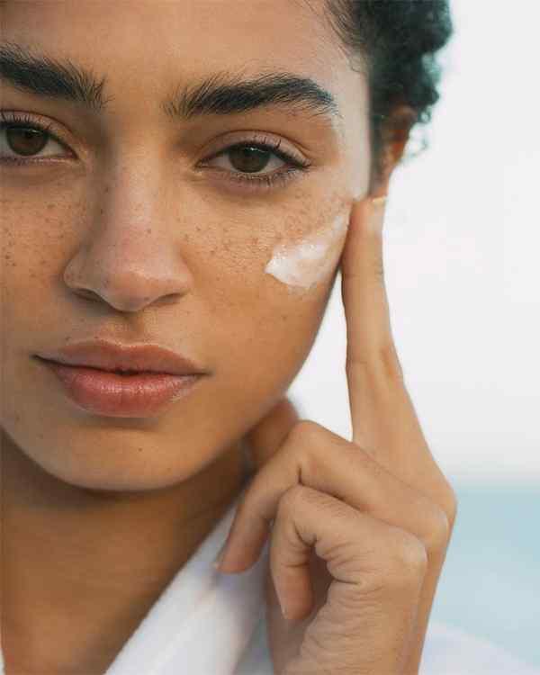 Top 5 Best Anti-Aging Wrinkle Cream and Serum to Buy in 2021